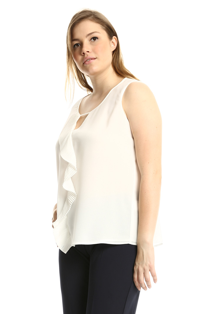 Top with pleated ruffles  Intrend