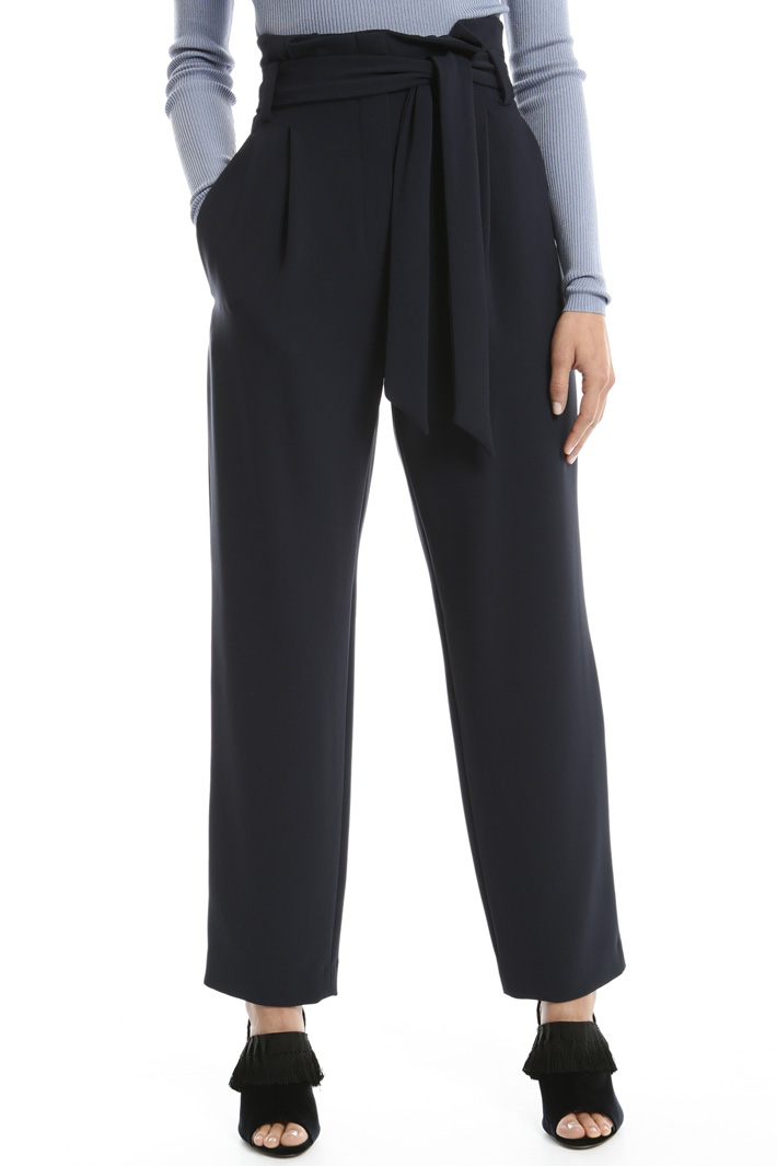 Belted carrot trousers Intrend