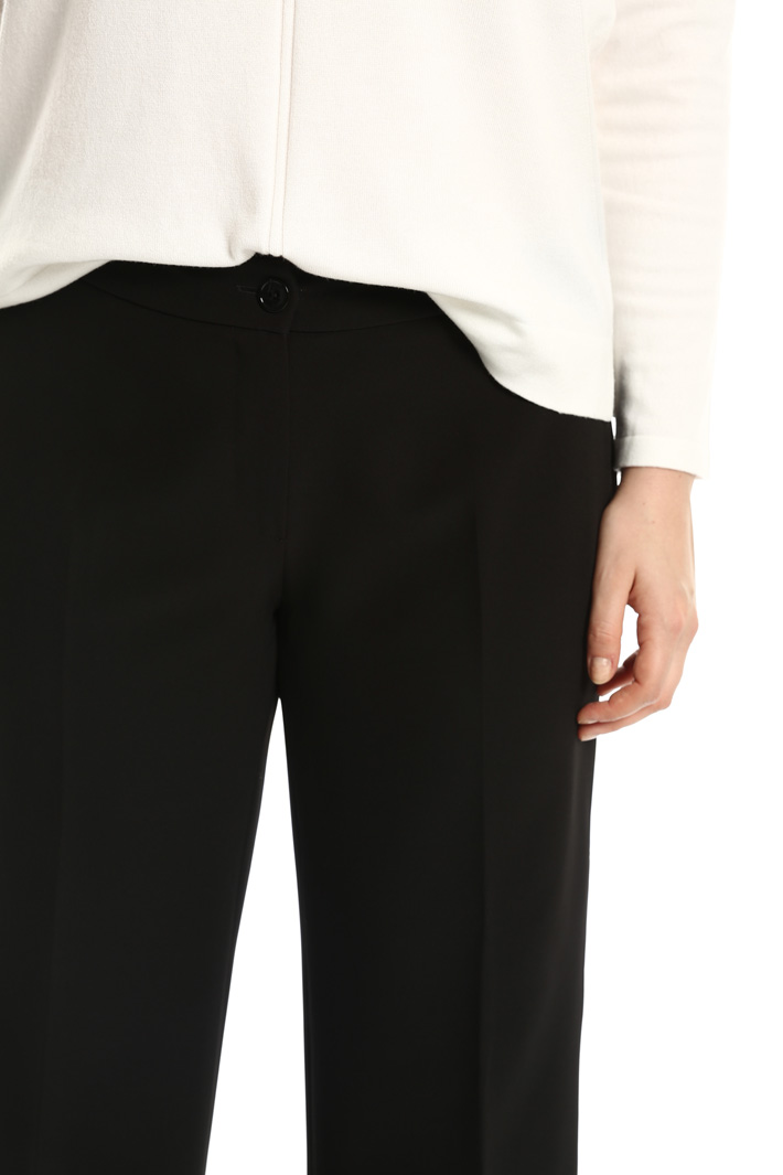 Pantaloni cropped stretch Intrend
