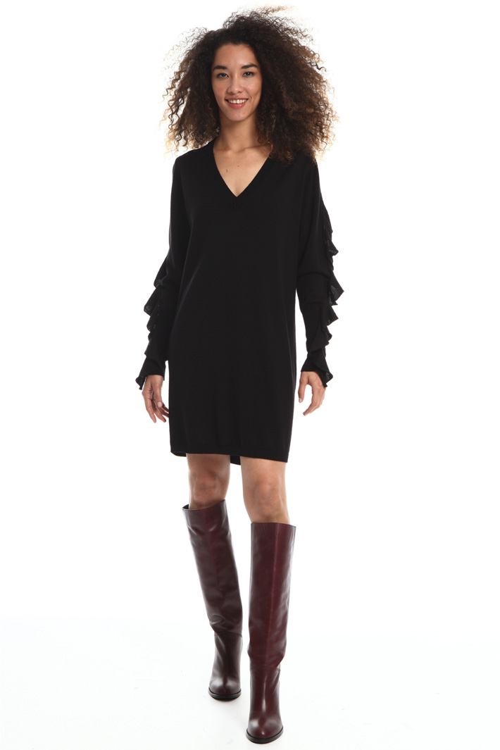 Short dress in pure wool Intrend
