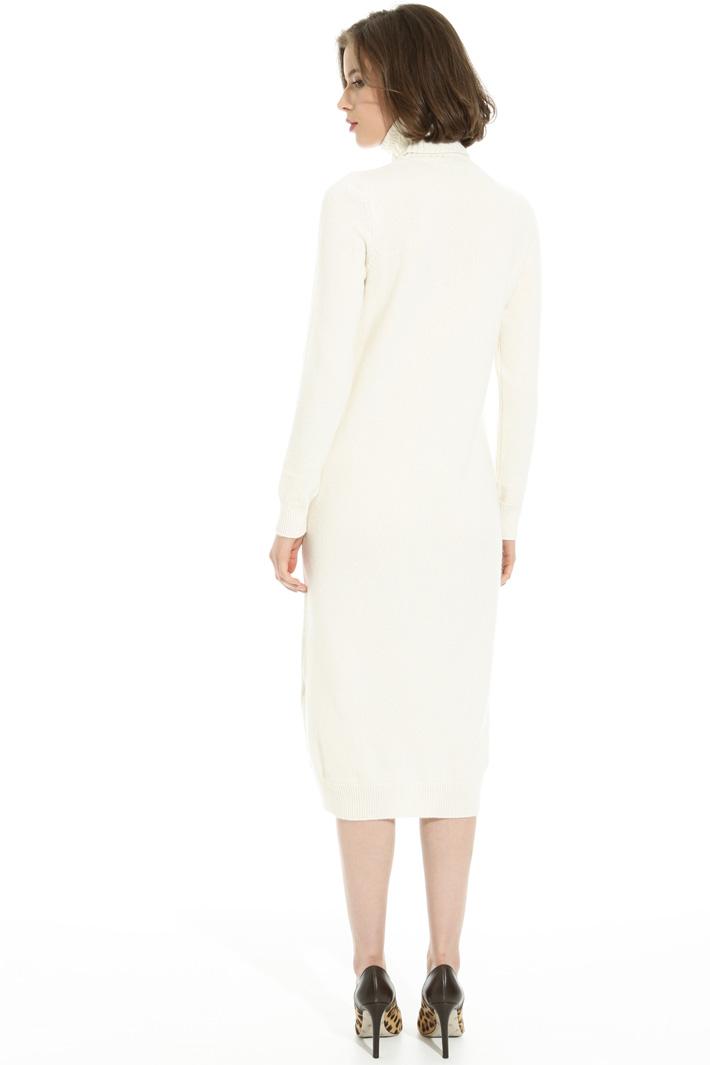 High neck dress Intrend