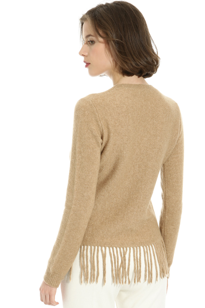 Fringed sweater Intrend