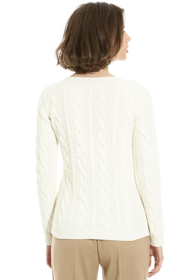 Braid stitch sweater Intrend