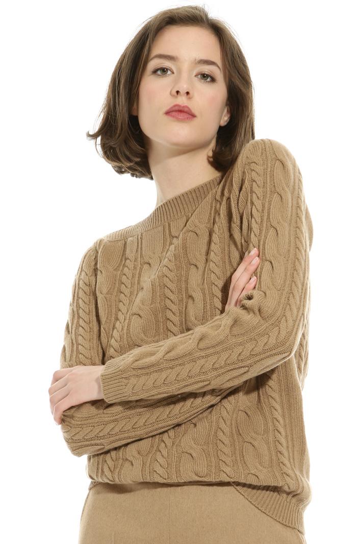 Braid stitch sweater Intrend