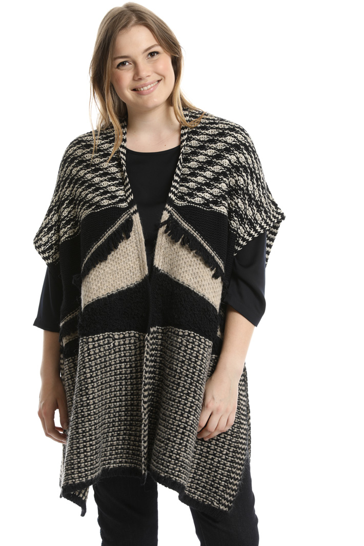 Jacquard wool poncho Intrend