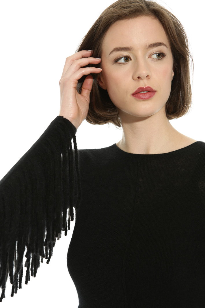 Cashmere sweater with fringes Intrend