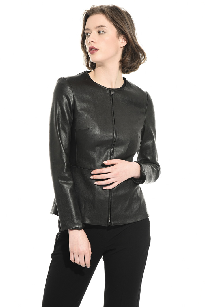 Fitted leather jacket Intrend