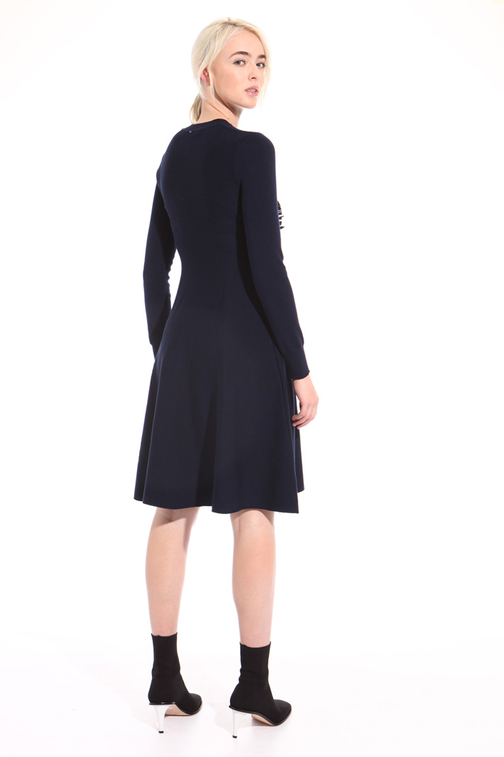 Frilled knit dress Intrend