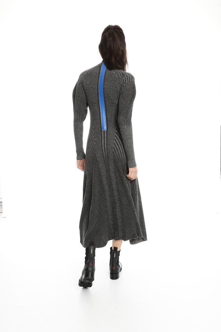 Contrast zip dress Intrend