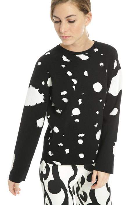 Sweater with contrasting pattern  Intrend