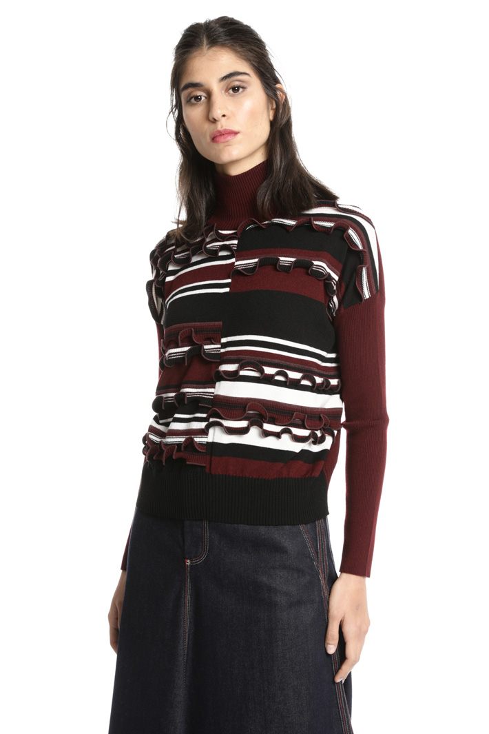 Boxi fit frilled sweater Intrend