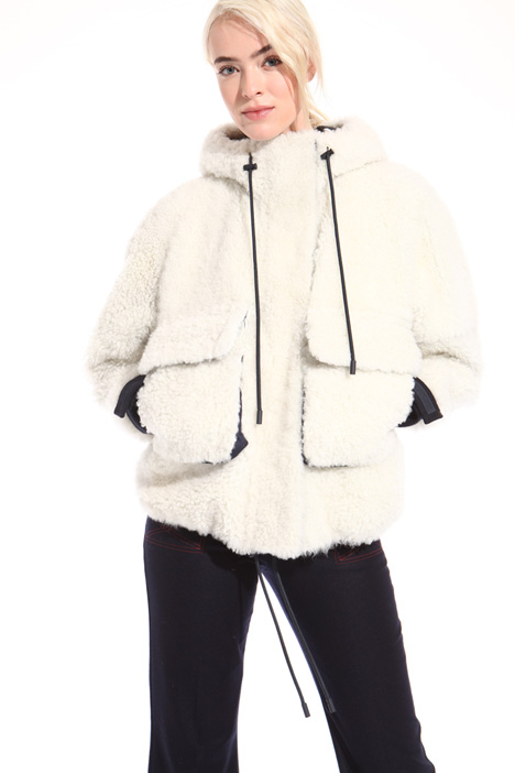 Hooded sheepskin bomber jacket Intrend