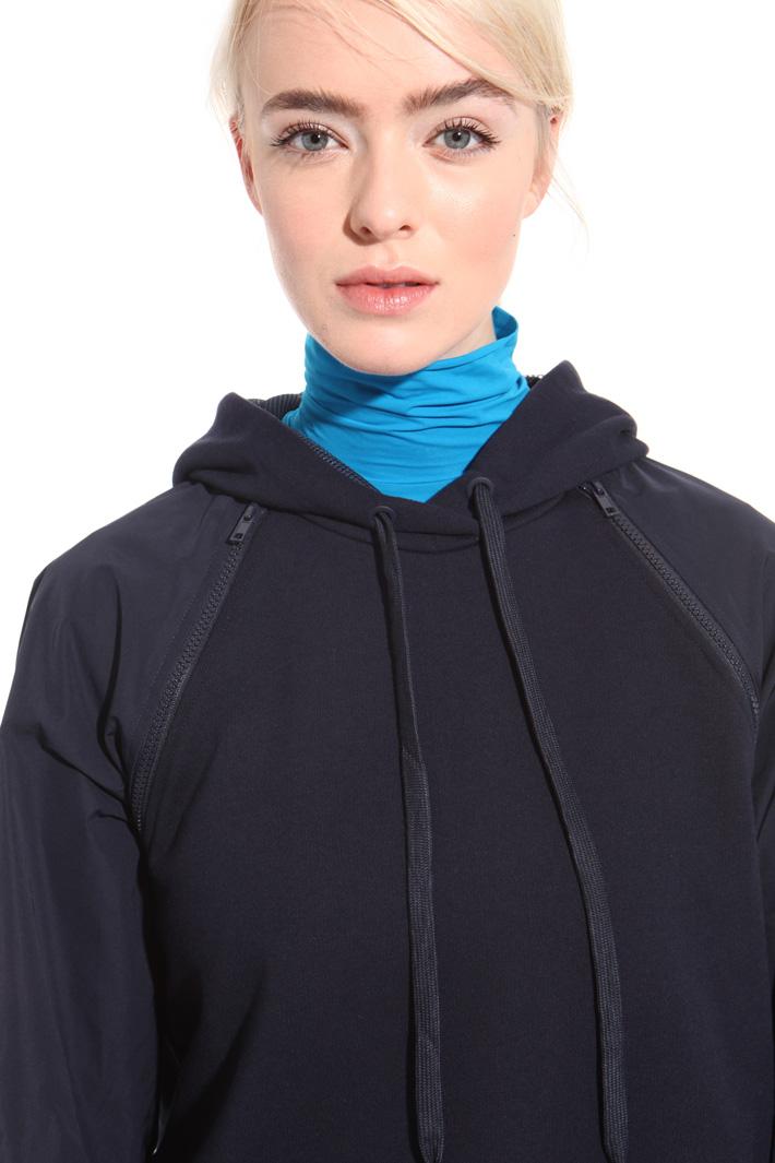 Sweatshirt with tech sleeves  Intrend