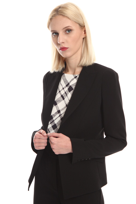 Blazer in tessuto stretch Intrend