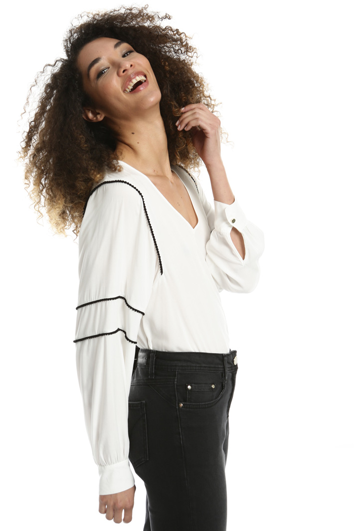 Passementerie blouse Intrend