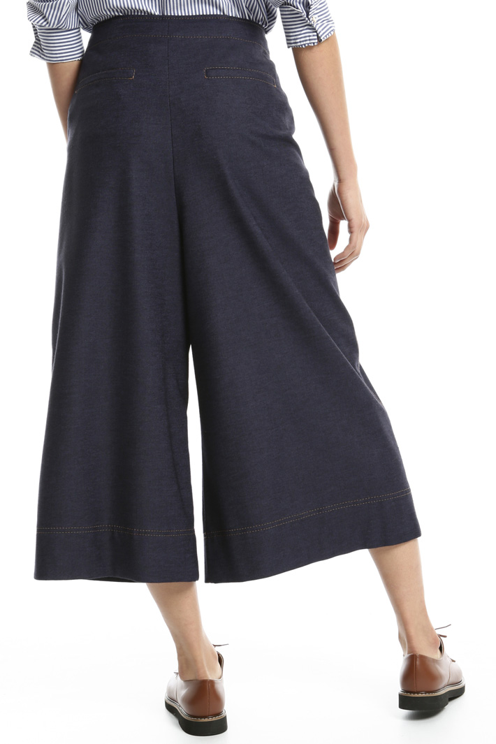 Wide divided skirt Intrend