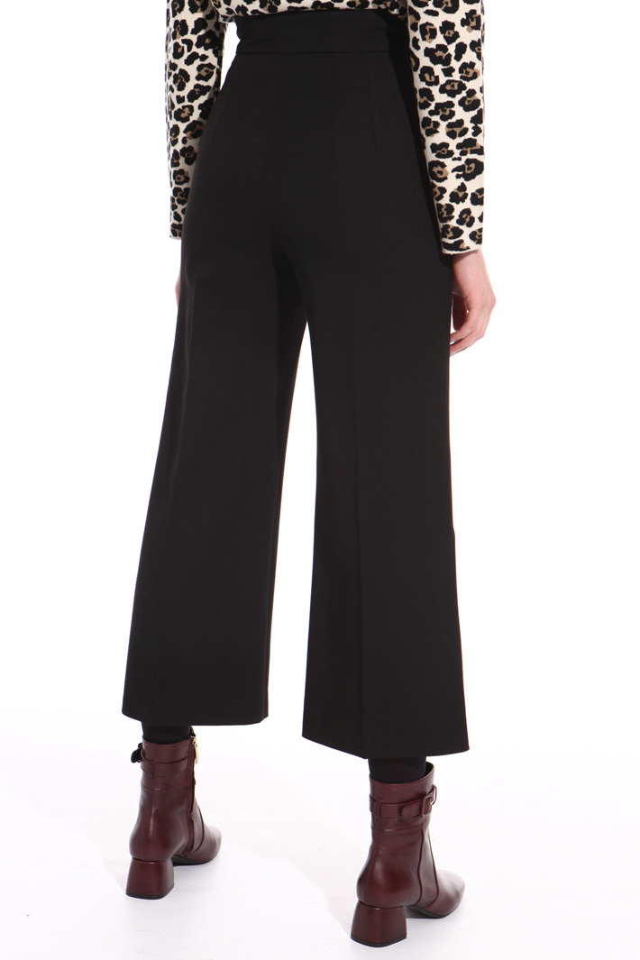 Buttoned trousers Intrend