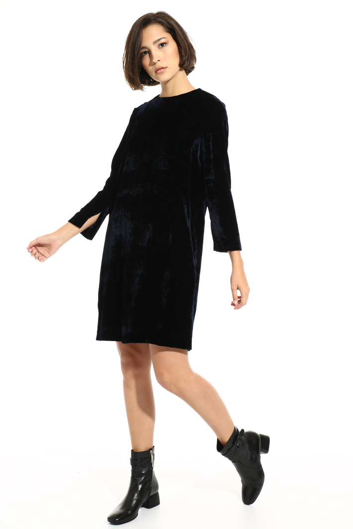 Smooth velvet dress Intrend