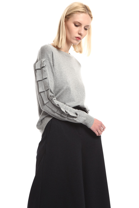 Ruffled sweater Intrend