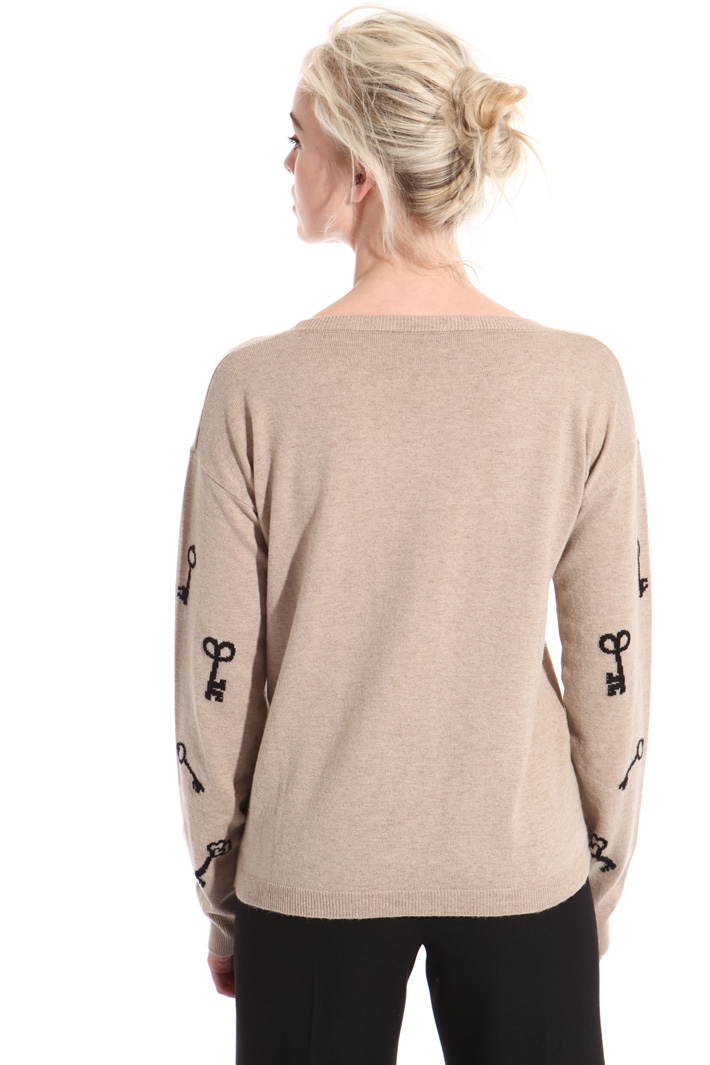 Contrasting intarsia sweater Intrend