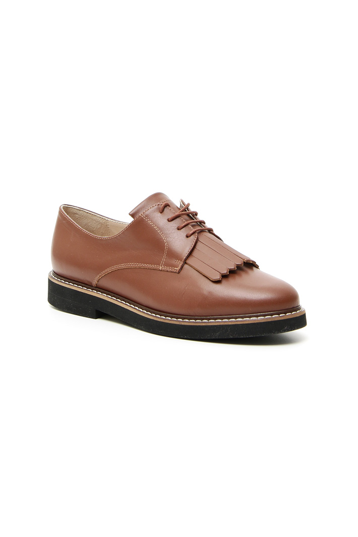 Lace-up leather shoes Intrend