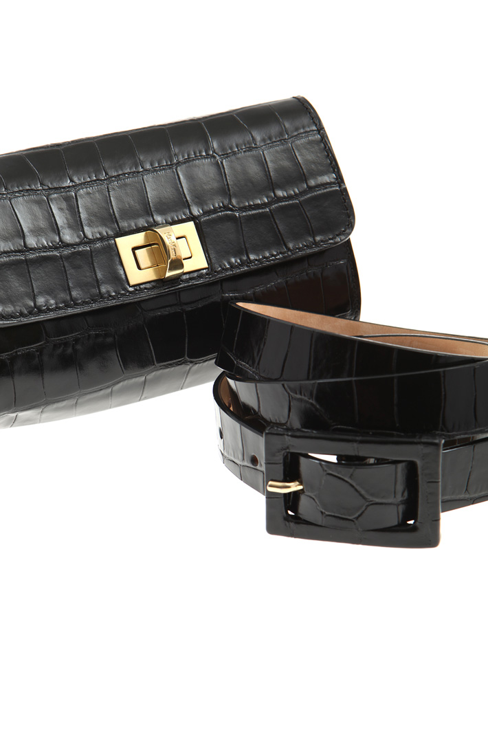 Belt-bag in leather Intrend