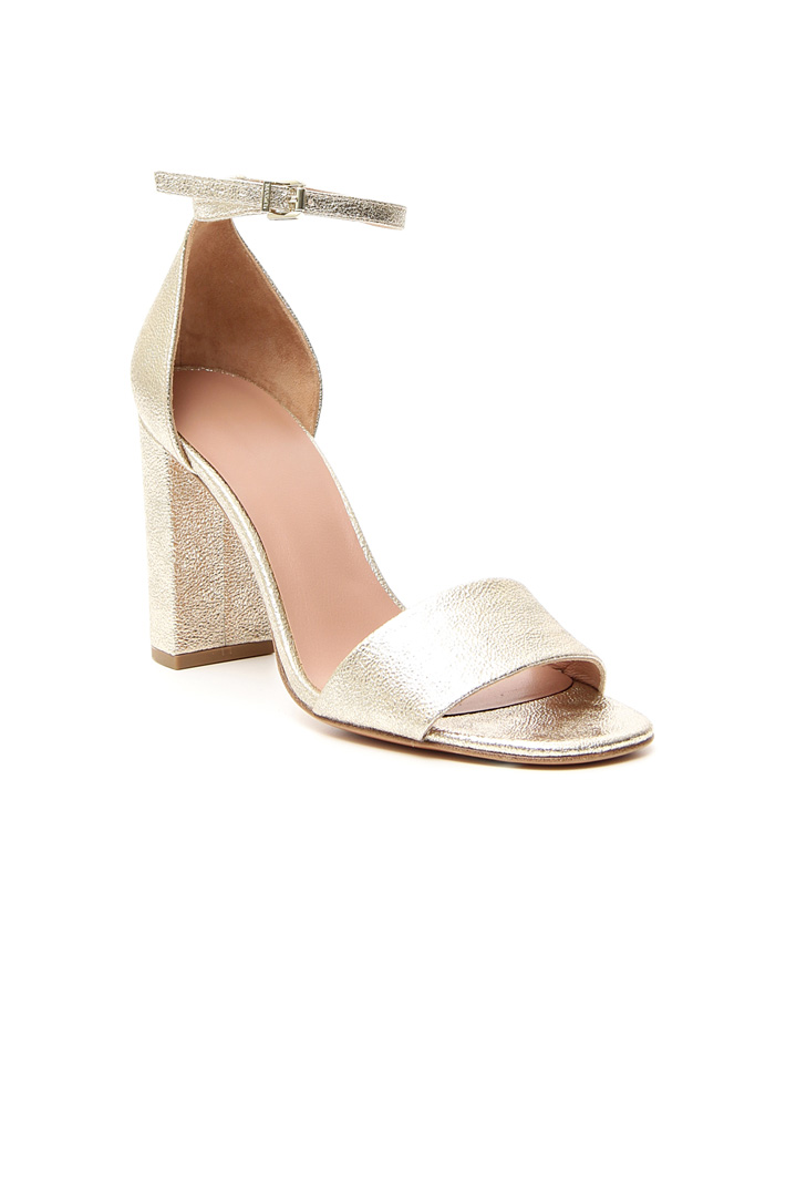 Metallic sandals Intrend