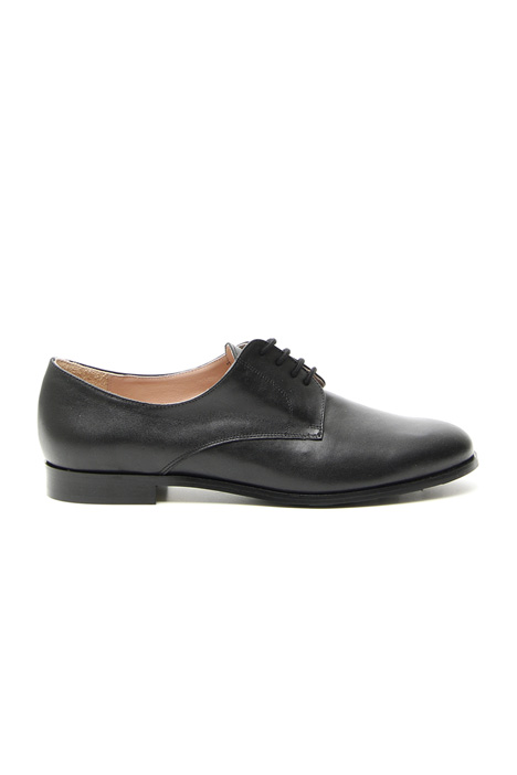 Leather laced shoes Intrend