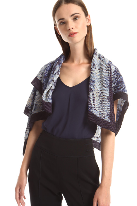 Pleated asymmetrical foulard Intrend