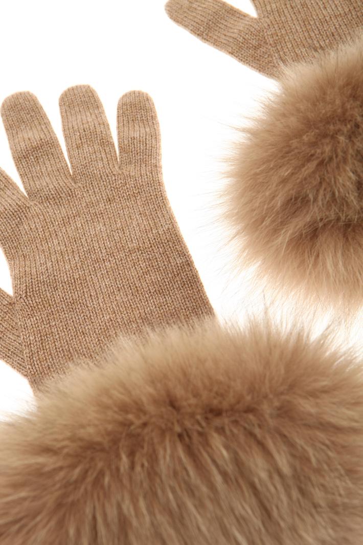 Fox cuff gloves Intrend