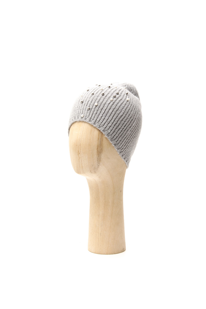 Beaded beanie hat Intrend