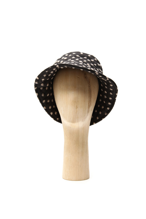 Hat with felted polka dot Intrend