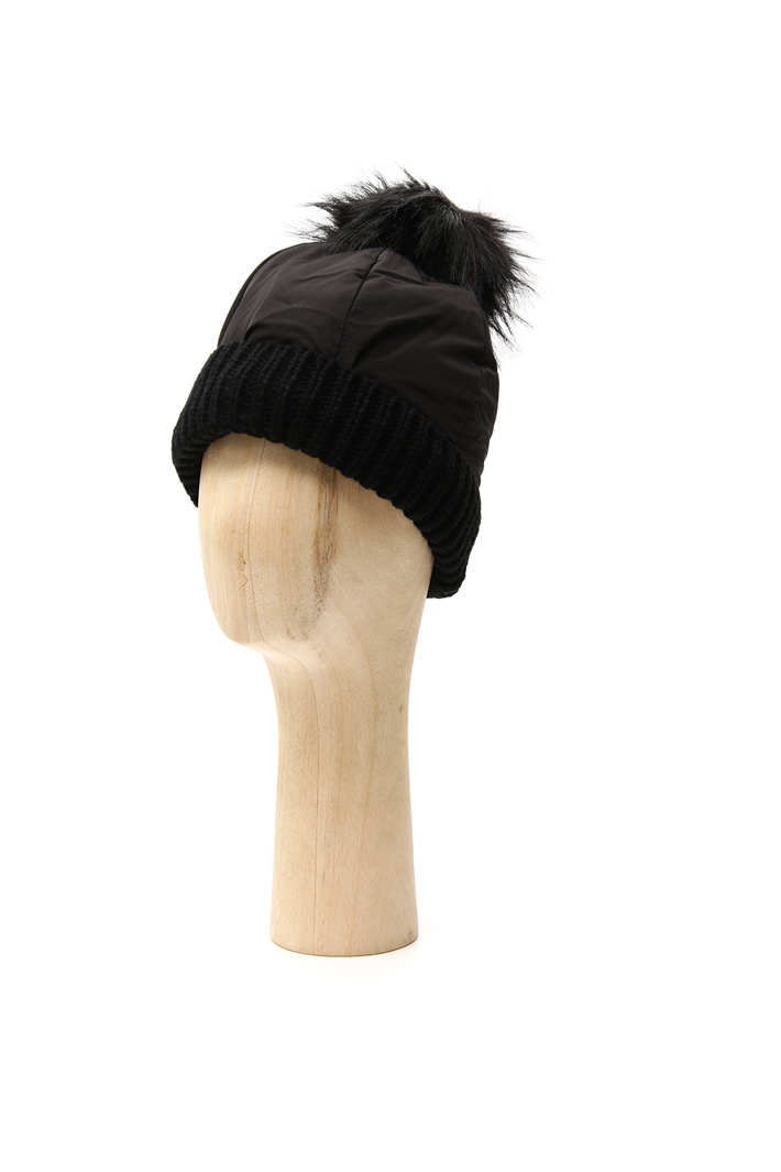 Fabric and knit hat Intrend