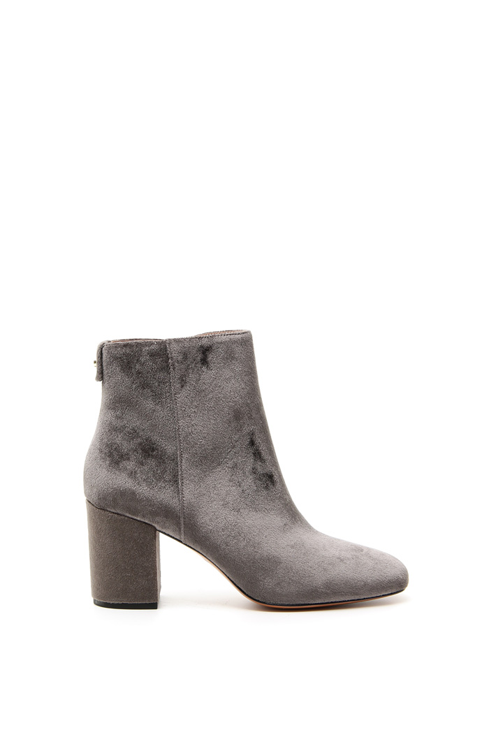 Smooth velvet ankle-boots Intrend