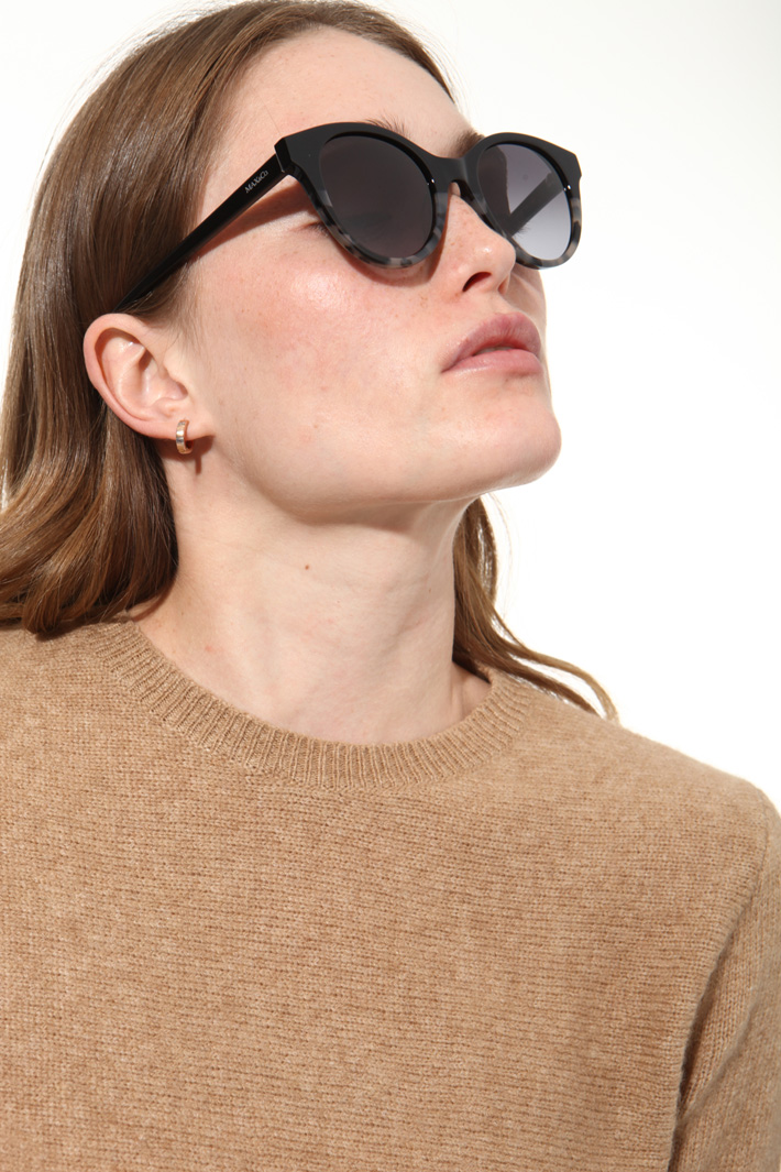 Oversized sunglasses Intrend