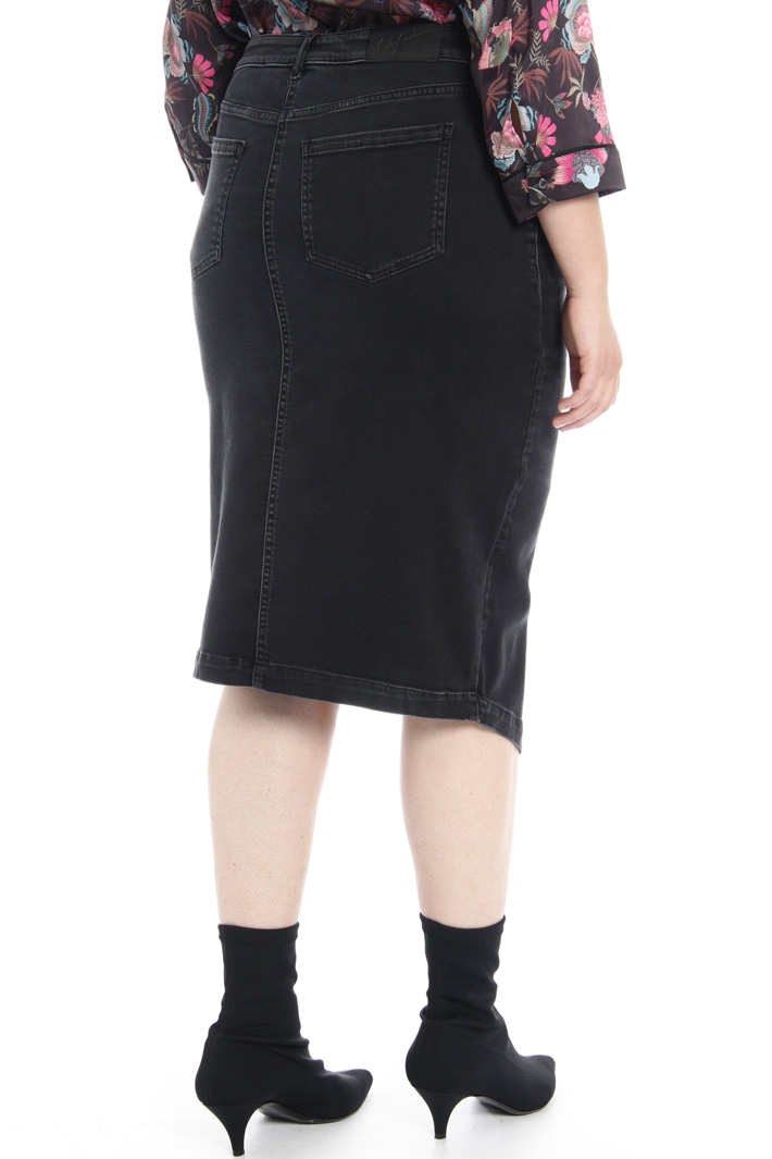 Denim skirt with slit Intrend