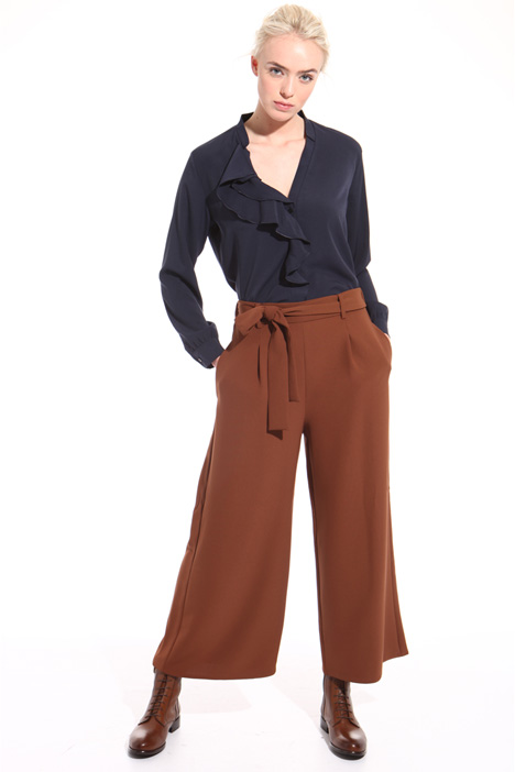 Cropped belted trousers Intrend