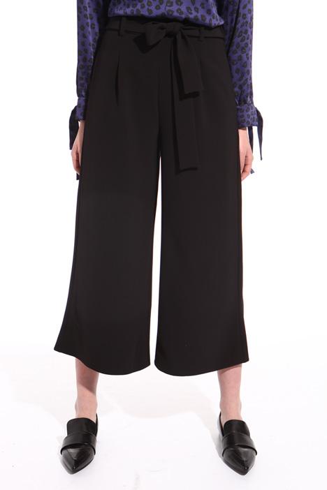 Pantalone cropped con cintura Intrend