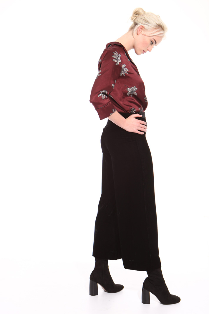 Cropped chenille trousers Intrend