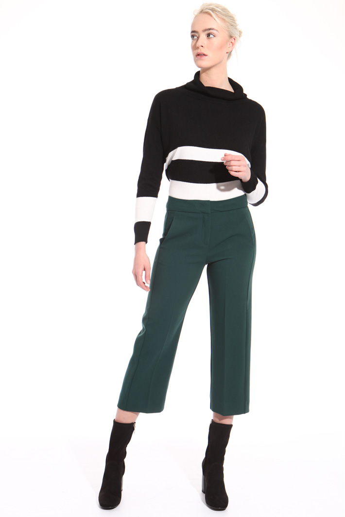 Cropped stretch trousers Intrend