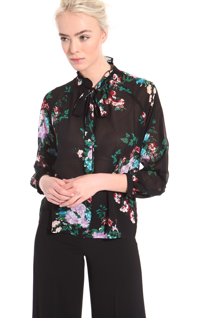 Georgette floral blouse  Intrend