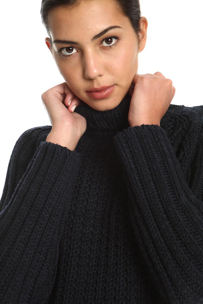 Wool yarn pullover Intrend