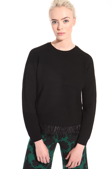 Wool sweater with feathers  Intrend