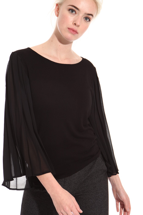 Pleated sleeve sweater Intrend