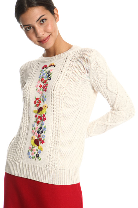 Floral embroidered sweater Intrend
