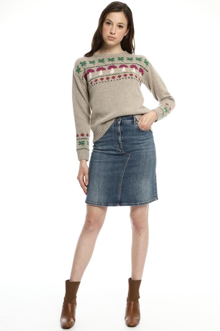 Jacquard wool yarn sweater  Intrend