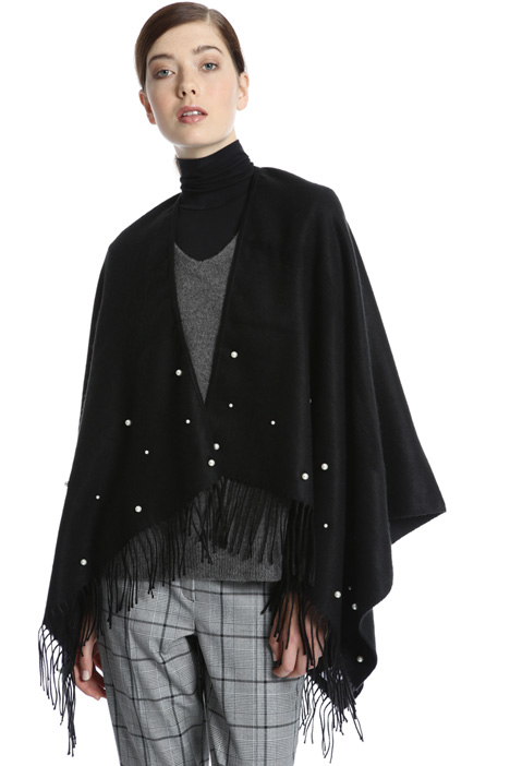 Poncho with embroidered beads Intrend