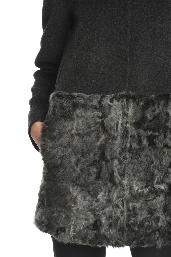 Coat with fur insert  Intrend