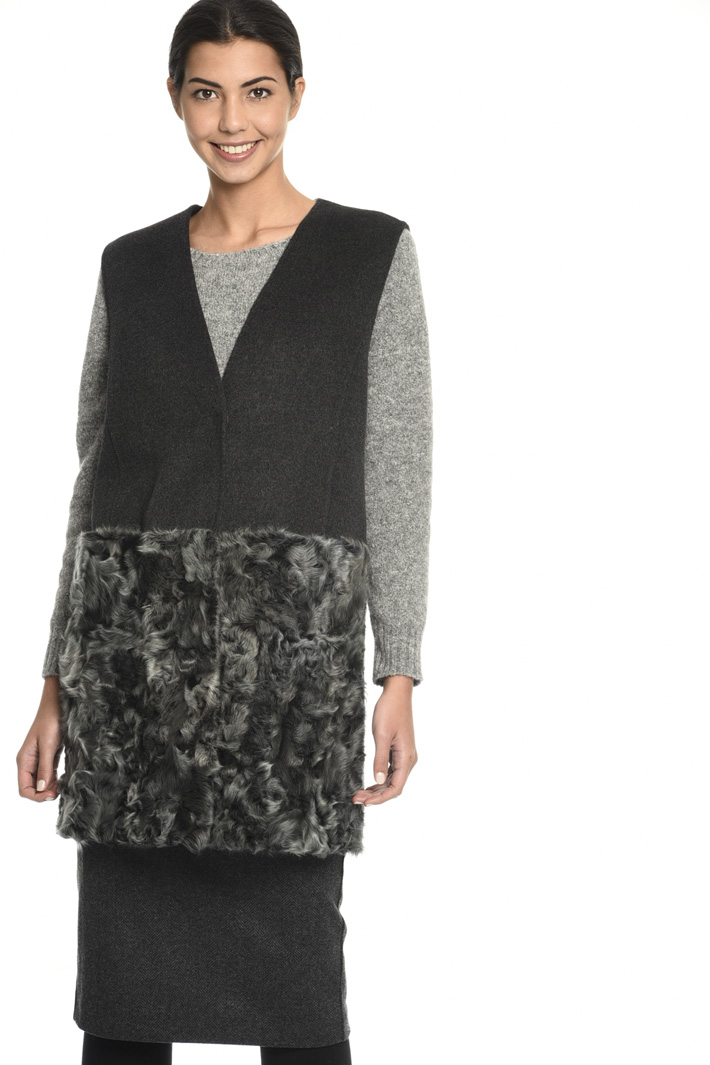 Drap and fur vest  Intrend