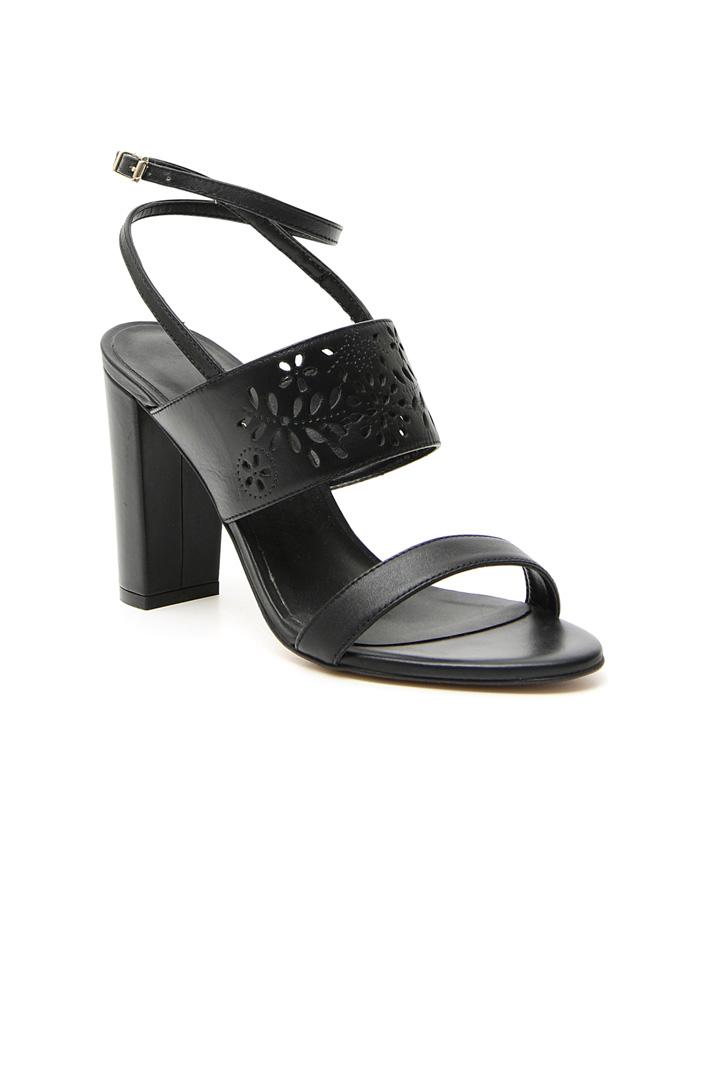 Laser-cut sandals Intrend
